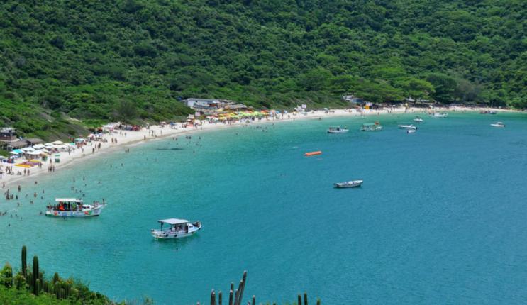 Praia-do-Forno-Arraial do Cabo -